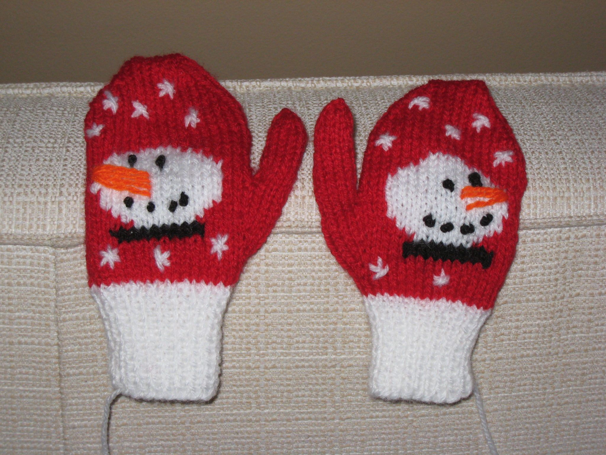 Knitted Christmas Stocking Patterns | Patterns Gallery